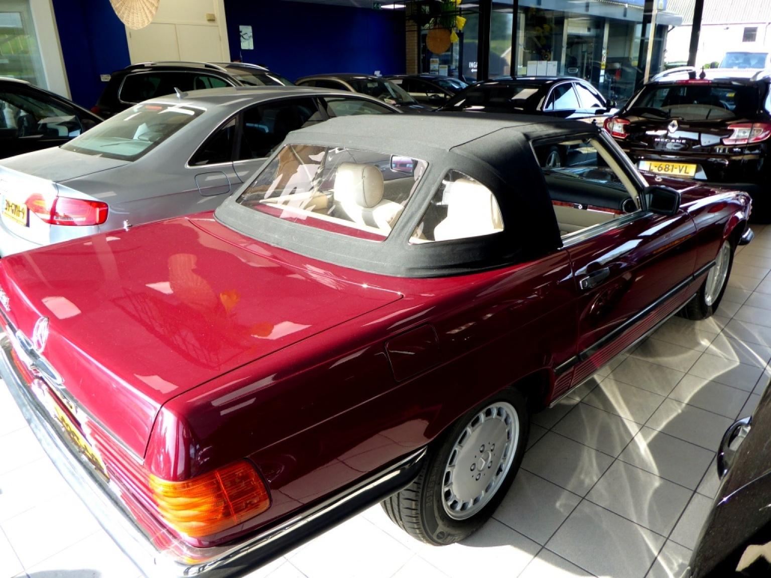 Mercedes-Benz-SL-Klasse-3