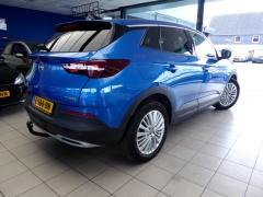 Opel-Grandland X-4
