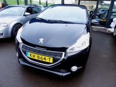 Peugeot-208-2