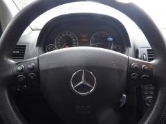 Mercedes-Benz-A-Klasse-13